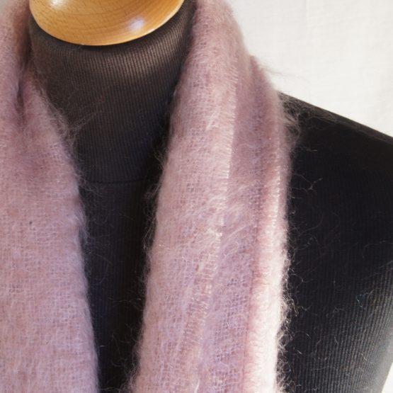 écharpe en mohair français beige rosé