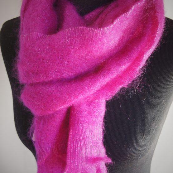 écharpe en mohair français rose