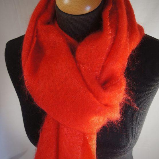 écharpe en mohair français rouge ecarlate