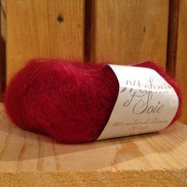 mohair et soie couleur rouge grenade