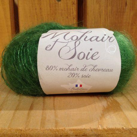 pelote mohair et soie couleur vert avocat