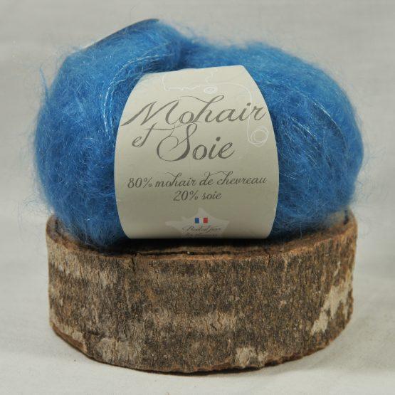 pelote mohair et soie bleu myosotis