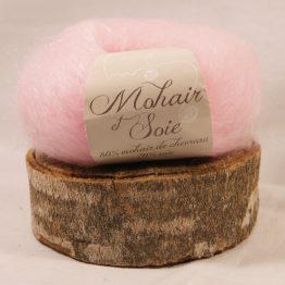 pelote mohair et soie rose poudré