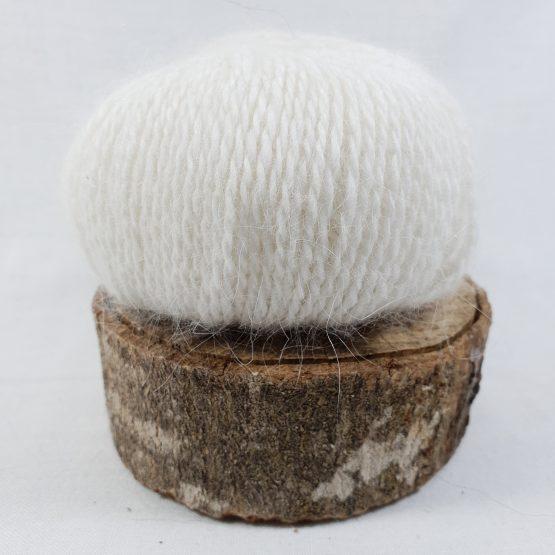 pelote en angora français blanc