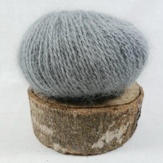 pelote en angora français couleur gris acier